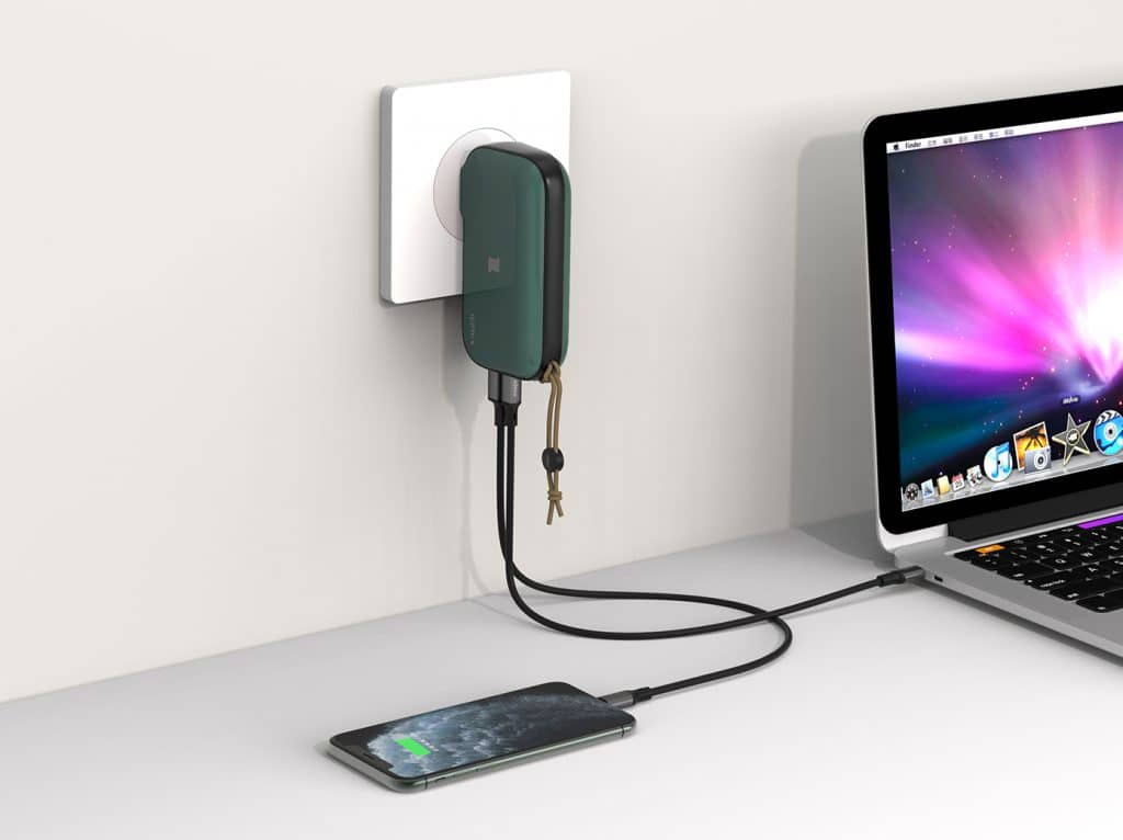 2020年行動電源推薦|連筆電都能充的IDMIX MR CHARGER 10000 (CH06)行動電源