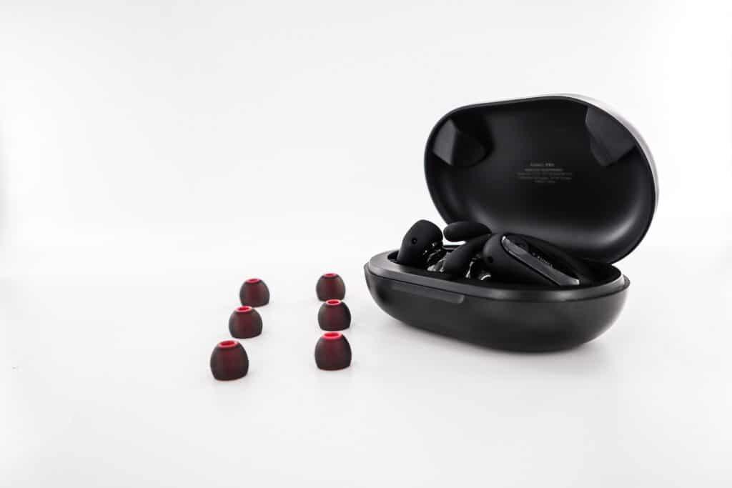 引燃剽悍健身魂,運動CP值首選|funcl Pro 真無線耳掛式藍牙耳機
